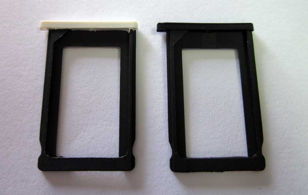 IPHONE 3GS CARD TRAY